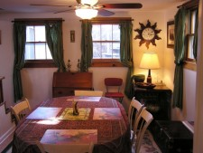 Ad# 10846 lake house for rent on LakeHouseVacations.com, lakehouse, lake home rental, lakehome for rent, vacation, holiday, lodging, lake