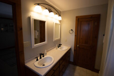 Lake House Oak Hill Oasis, , on Kerr Lake / Buggs Island in Virginia - Lakehouse Vacation Rental - Lake Home for rent on LakeHouseVacations.com