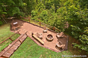 Lake House Cozy 2 Bedroom with Beautiful Mountain Views, full of amenities, , on Webb Creek � Sevier County in Tennessee - Lakehouse Vacation Rental - Lake Home for rent on LakeHouseVacations.com
