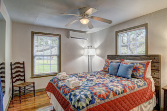 Lake House 3 bedroom 2 bath nestled in the oak trees right on Copano Bay! Private Pier!, , on Gulf of Mexico - Copano Bay in Texas - Lakehouse Vacation Rental - Lake Home for rent on LakeHouseVacations.com