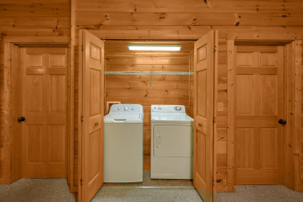 Lake House Escape to a Luxury Cabin with Private Theater Room - Arts and Crafts Location, , on Powdermilk Creek - Gatlinburg in Tennessee - Lakehouse Vacation Rental - Lake Home for rent on LakeHouseVacations.com