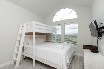 Lake House HARD-TO-FIND BEACH SIDE TOWNHOME WA PRIVATE PATHWAY TO THE BEACH, , on  in Texas - Lakehouse Vacation Rental - Lake Home for rent on LakeHouseVacations.com