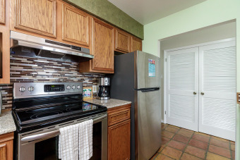 Lake House Secluded fishing right out your back door with this beautiful 2 bedroom condo, , on Gulf of Mexico - Corpus Christi in Texas - Lakehouse Vacation Rental - Lake Home for rent on LakeHouseVacations.com