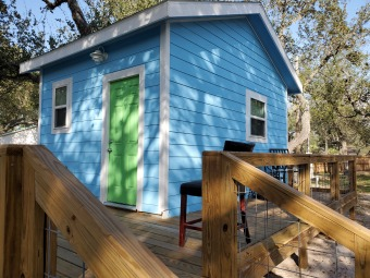 Lake House 11 super cute efficiency cottage tucked away on a quiet, private half acre.., , on Gulf of Mexico - Aransas Bay in Texas - Lakehouse Vacation Rental - Lake Home for rent on LakeHouseVacations.com