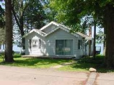 Lake House Rental Cottage Indian Lake Dowagiac Michigan waterfront, , on Indian Lake - Dowagiac in Michigan - Lakehouse Vacation Rental - Lake Home for rent on LakeHouseVacations.com