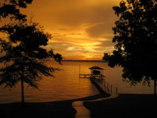 Lake House Rocking L Ranch House On Waterfront, Sunsets that take your breath away!, on Cedar Creek Lake in Texas - Lakehouse Vacation Rental - Lake Home for rent on LakeHouseVacations.com