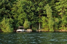 Lake House New Fairfield, Ct - Candlewood Lakefront Cabin For Rent, Dock and shoreline, on Candlewood Lake in Connecticut - Lakehouse Vacation Rental - Lake Home for rent on LakeHouseVacations.com