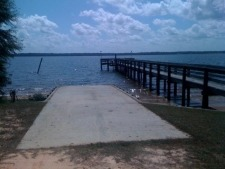 Lake House  Quiet 1.8 Acre 4br 2ba Watrfront Vacation Home, View of 55 ft.long Boat Ramp and 175 ft. Lighted Pier with Pierhead, on Lake Marion in South Carolina - Lakehouse Vacation Rental - Lake Home for rent on LakeHouseVacations.com