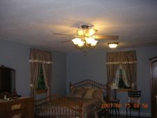 Lake House Lake Carey Waterfront Furnished Rental House In Tunkhannock, Master bedroom with sitting area., on Lake Carey in Pennsylvania - Lakehouse Vacation Rental - Lake Home for rent on LakeHouseVacations.com