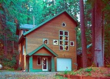Lake House Silver Lake, WA Cabins, Cottages, Condos, And Chalets At Mt. Baker, Mt. Baker Lodging - Vacation Home #51, on Silver Lake in Washington - Lakehouse Vacation Rental - Lake Home for rent on LakeHouseVacations.com