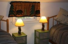 Lake House Book Sept/oct 2021 Or Spring 2022, 3rd bedroom, 2 terrific twin beds, on Sand Pond in Maine - Lakehouse Vacation Rental - Lake Home for rent on LakeHouseVacations.com