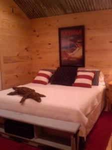 Lake House Lake Bruin Oxbow Lodge, Master Bedroom, on Lake Bruin in Louisiana - Lakehouse Vacation Rental - Lake Home for rent on LakeHouseVacations.com