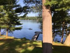 Lake House Classic Central Me Lakefront Bungalow  4 Bdrm- Cochnewagon Lake– Monmouth, Me, , on Cochnewagon Lake in Maine - Lakehouse Vacation Rental - Lake Home for rent on LakeHouseVacations.com