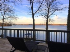 Lake House Unique Stone Cottage - Lakefront - Amazing View - Bald Eagle Viewing From The Deck, , on Kentucky Lake in Kentucky - Lakehouse Vacation Rental - Lake Home for rent on LakeHouseVacations.com