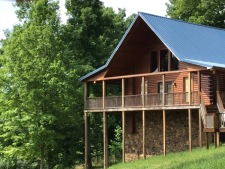 Lake House Southern Cedar Log Cabin New 2015, Front of House , on Lake Barkley in Kentucky - Lakehouse Vacation Rental - Lake Home for rent on LakeHouseVacations.com