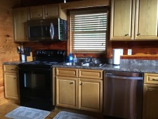 Lake House Southern Cedar Log Cabin New 2015, kitchen, on Lake Barkley in Kentucky - Lakehouse Vacation Rental - Lake Home for rent on LakeHouseVacations.com