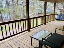 Lake House Roanoke Retreat, , on Kerr Lake / Buggs Island in Virginia - Lakehouse Vacation Rental - Lake Home for rent on LakeHouseVacations.com