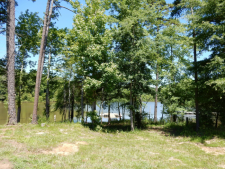 Lake House Moo Cow Cove, , on Kerr Lake / Buggs Island in Virginia - Lakehouse Vacation Rental - Lake Home for rent on LakeHouseVacations.com