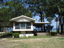 Lake House Autumn Point Acres, Lake Tawakoni Rental, Drive up , on Lake Tawakoni in Texas - Lakehouse Vacation Rental - Lake Home for rent on LakeHouseVacations.com