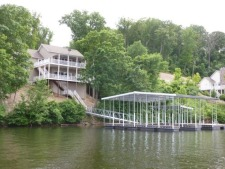 Lake House Perfect Family Vacation, House from the Lake, on Lake of the Ozarks in Missouri - Lakehouse Vacation Rental - Lake Home for rent on LakeHouseVacations.com