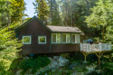Waterfront Cottages *private Dock* Mountain Views* Sleeps 8* Seasonal, on Lake Fairlee, Lake Home rental in Vermont